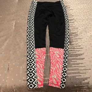 Onzie Pants & Jumpsuits - Onzie Colorblock Legging in S/M